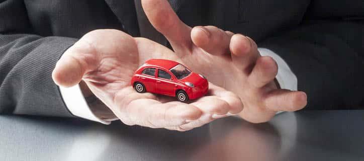 Se compro un auto quanto la scarico